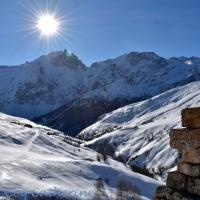 Balade en raquettes à neige pour les chalets de La Buffe, dans les Hautes-Alpes.