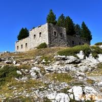 Rando au blockhaus de la Lausette, ouvrage de surveillance sur les hauteurs de Cervières.